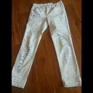 **CALVIN KLEIN** High Waist Light Wash Jeans